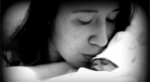 Micah and her daughter Ambra Storm, baby with anencephaly